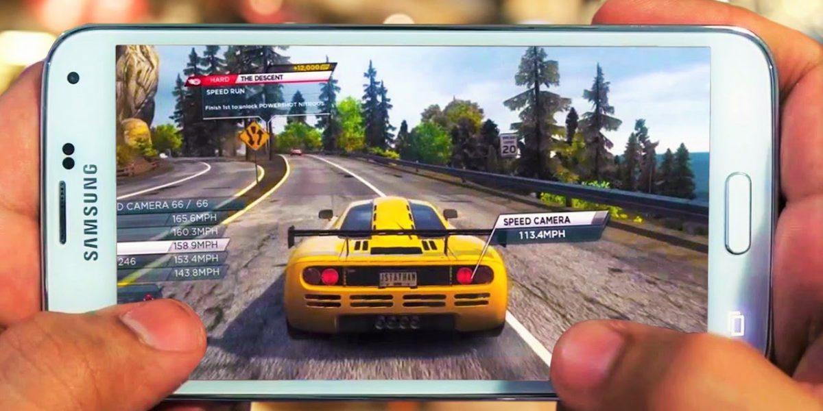 現在Android携帯で一番人気のアプリゲーム